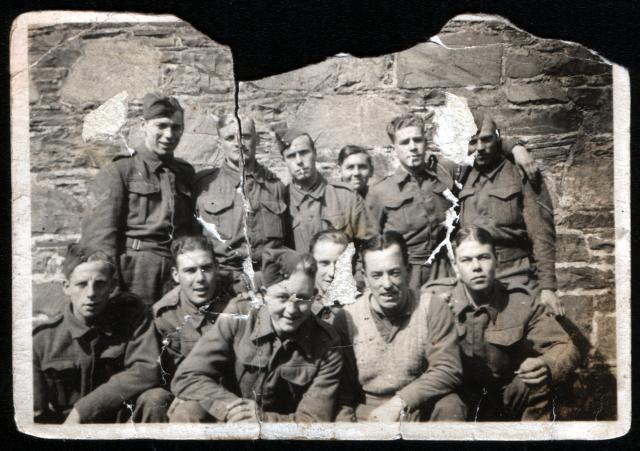 C.O. Roberts (back row-1st from the left) and other members of No.1 Cdo