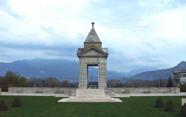 Cassino War Cemetery and Memorial (3).