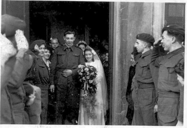 Marriage of Bill Timmer and  Mair Eluned Williams, Porthmadog 1943