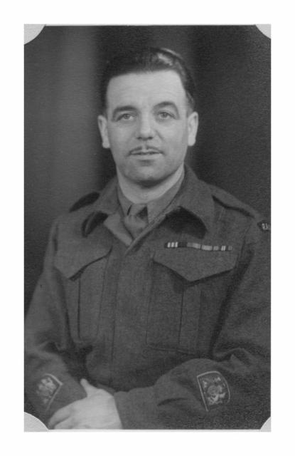 Warrant Officer (WO1)  John 'Jack'  Durrant MM