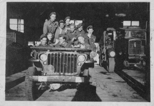 a jeep full of Dutch commandos