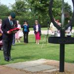Geoff pays his respects before laying the wreath