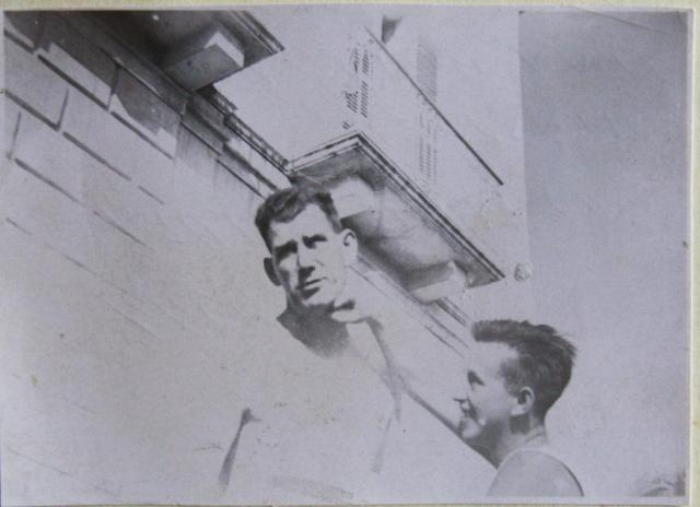 'Tiny' Burke and 'Tich' Ainslie in Molfetta 1944