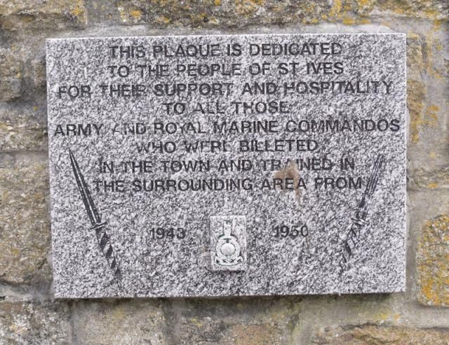Plaque thanking the people of St Ives