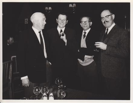 1970 Reunion Group (4)