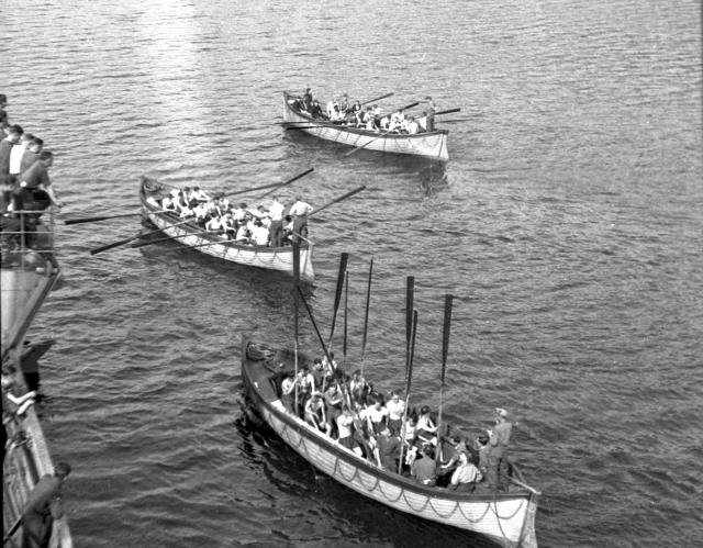 No.2 Cdo. boat race Inveraray June 1941