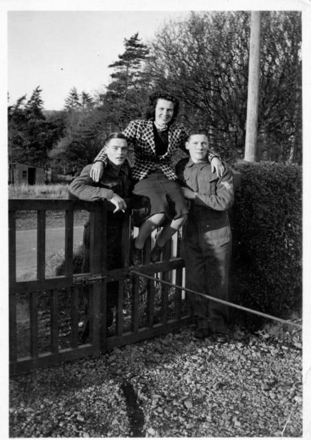 Wally, Nancy & Don, Lamlash 1940