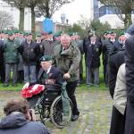 Jim Kelly 41RM Commando lays a wreath