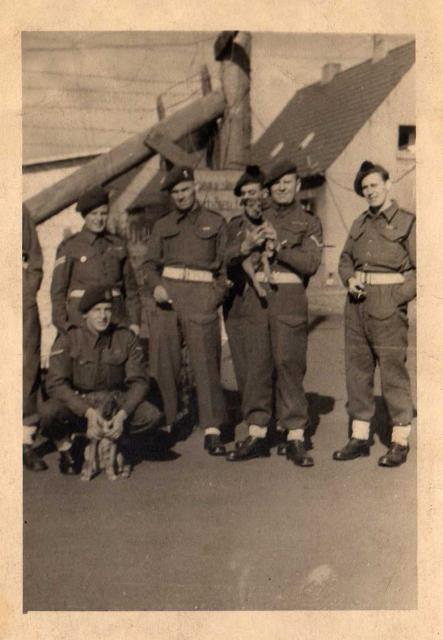 Group from No.4 Commando