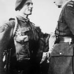 Polish CinC, Gen Sikorski, inspects 6 Troop, 10(IA) Cdos