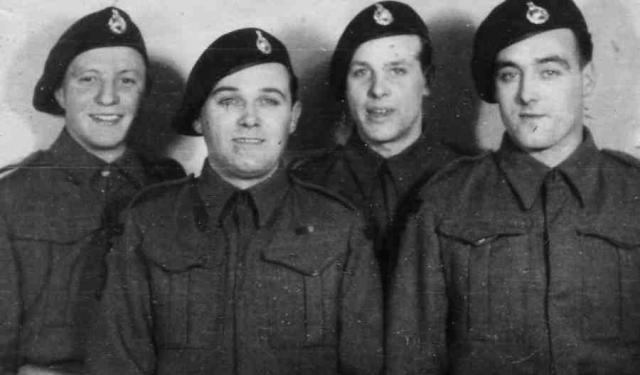Ron Philpott and 3 others from 46RM Commando