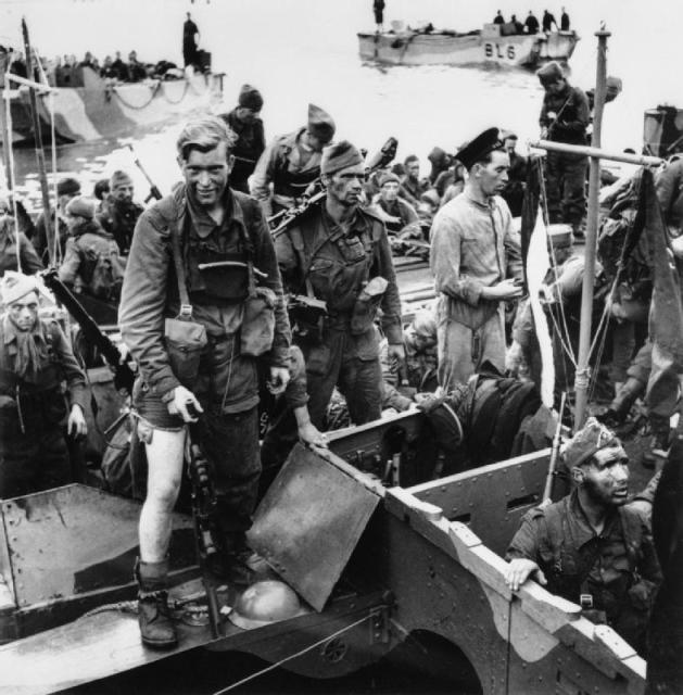 Len Ruskin and others from No. 4 Commando after Dieppe