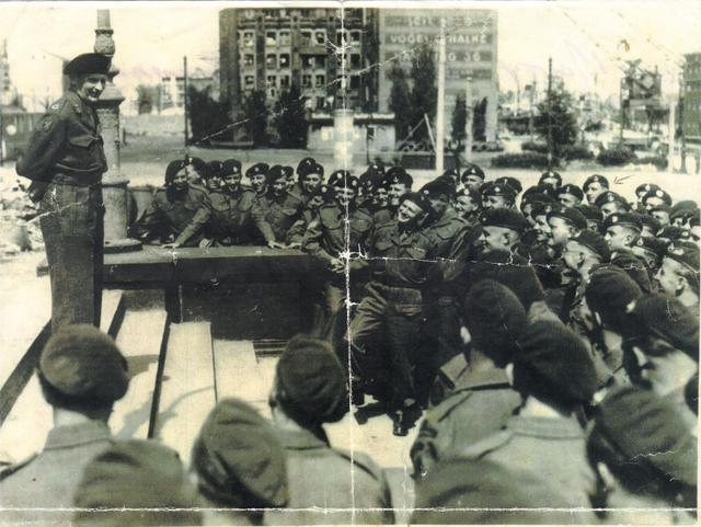 Monty addresses some of No 3 Cdo in Berlin (2)