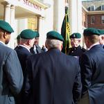 Fred Davies briefs the 289 Commandos