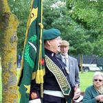 Fred Davies addresses the assembled veterans
