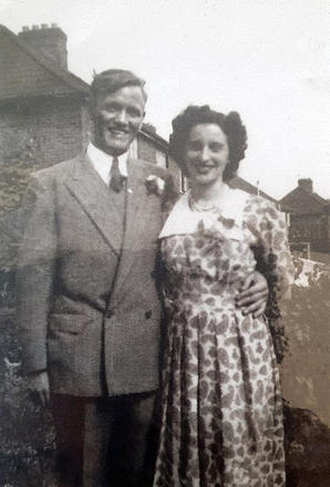 James Cox No 3 Cdo. and his wife Doris Jean