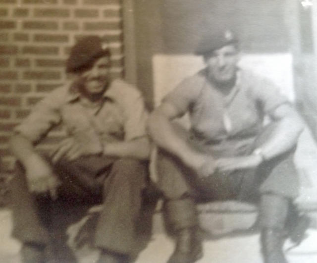 Mne Horace Townsend (left) and another Commando from 30 A.U.