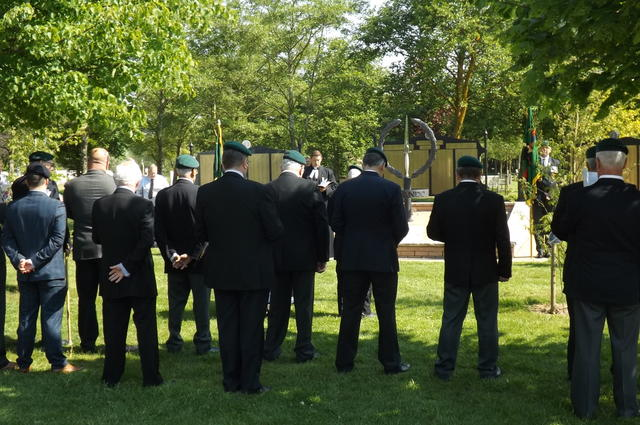 The Veterans at prayer