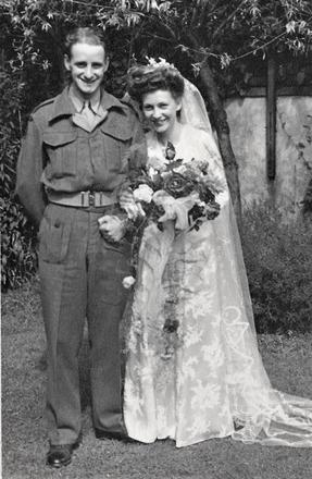Alec & Betty MacAulay, 2 August 1945