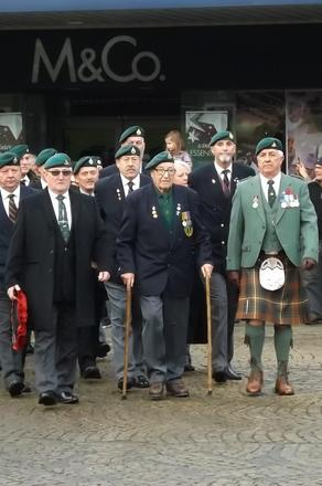 Veterans Parade through Fort William