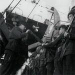 Rifle inspection prior to the Ardour estuary raid