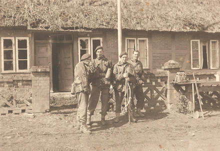 Pte. Robert Ollerenshaw (2nd left) and others from No.6 Cdo