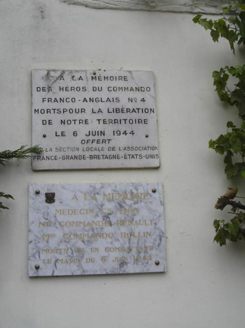 No.4 Commando plaque, Ouistreham (2)