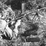 Live firing Dartmoor recruit using 7.62mm Bren