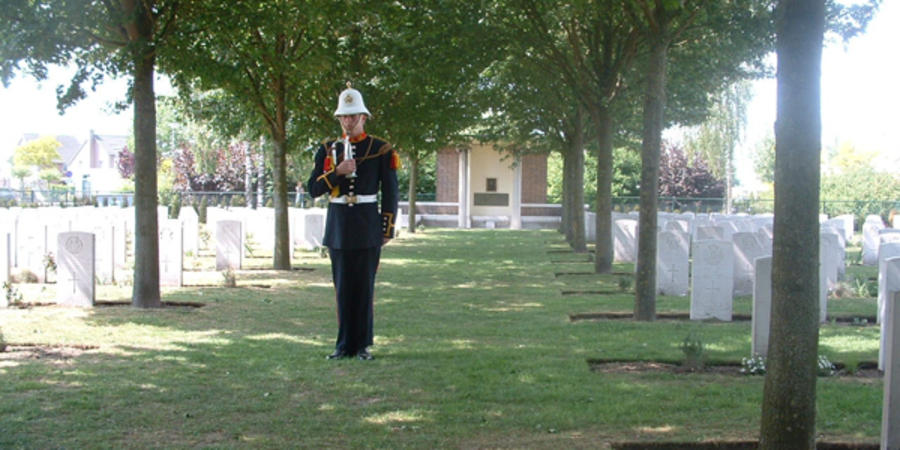 Marine Stew Vise at the Nederweert War Cemetery 2007