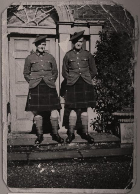 Kilts militaires WWII Ken+and+Tom