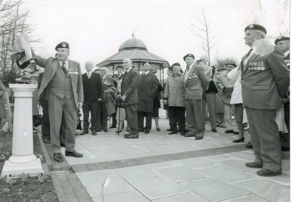 Dartmouth 1990 unveiling of the sundial and plaque