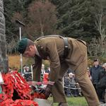 A Major from the Commando Engineers lay a Wreath